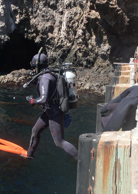 Kelly Moore hops off the dock at Anacapa. This was originally a video, hence the strange cropping, but it was too big to upload to the blog!